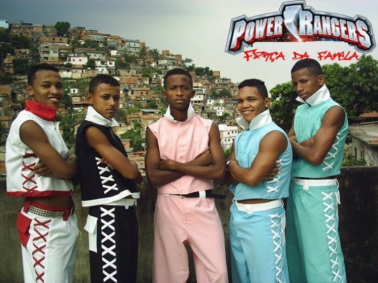 Os Power Rangers chegaram