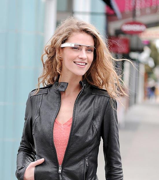 Google revela óculos de realidade aumentada
