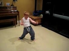 crianca dancando