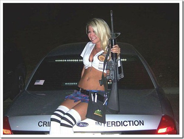 Mulheres armadas