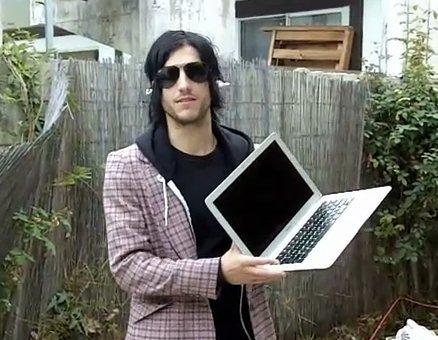 Compre um macbook e vire um hipster