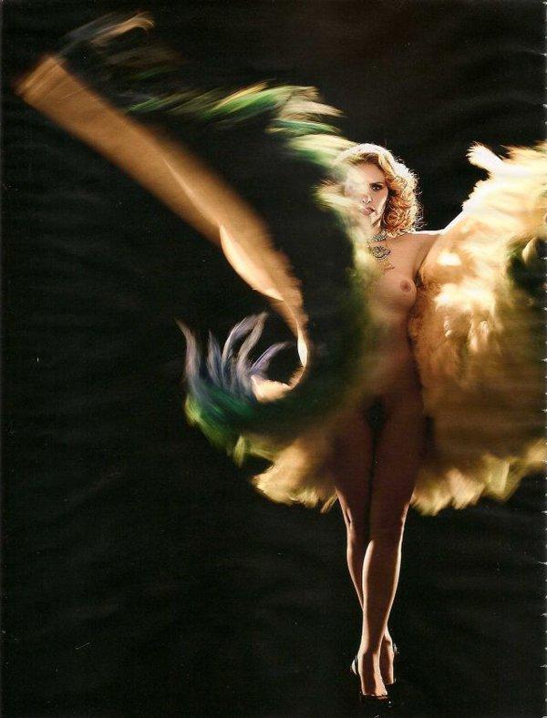 Fotos da Playboy de Outubro Leona Cavalli