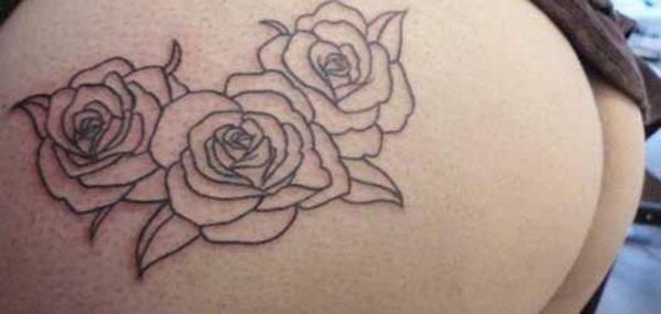 Tatuagens femininas desenhadas em lugares íntimos (12)