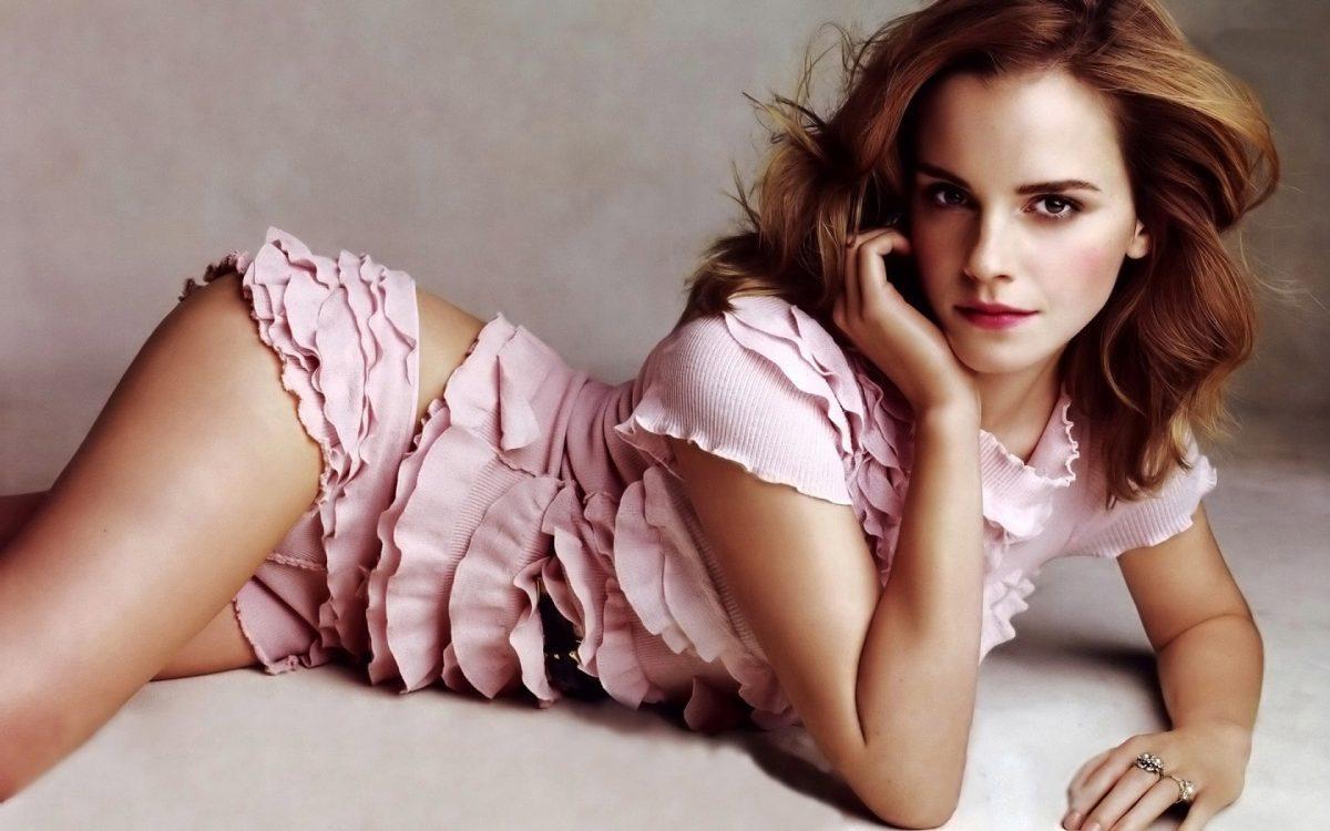 sexy Emma Watson