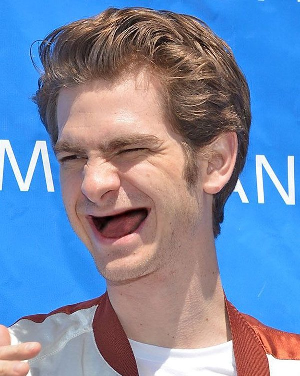 andrew-garfield-no-teeth