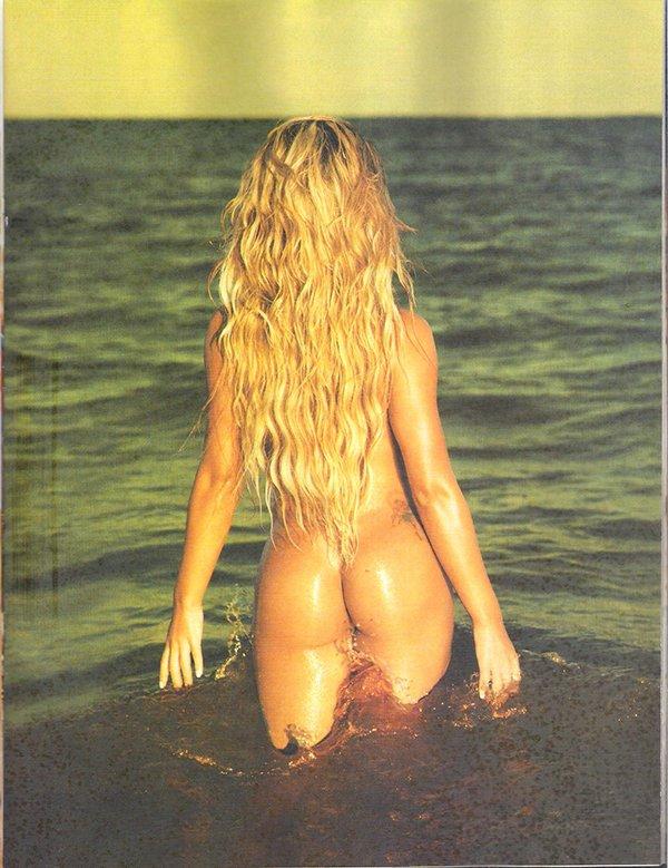 Edição especial playboy Babi Rossi e Panicats
