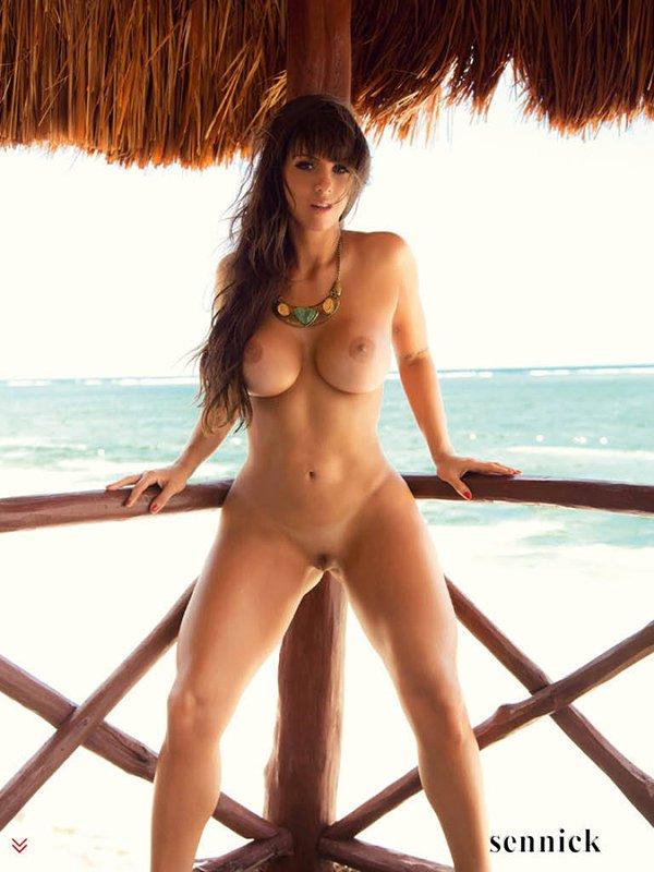 Sexy Panicat Carol Dias