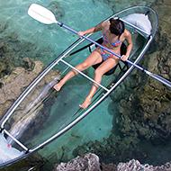 Descendo de canoa em uma vala