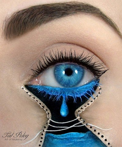 Amazing-Makeup-Artist-Tal-Peleg-transforms-Eyelids-into-Works-of-8