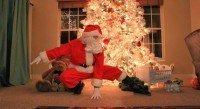 Entregando os presentes de Natal com Parkour