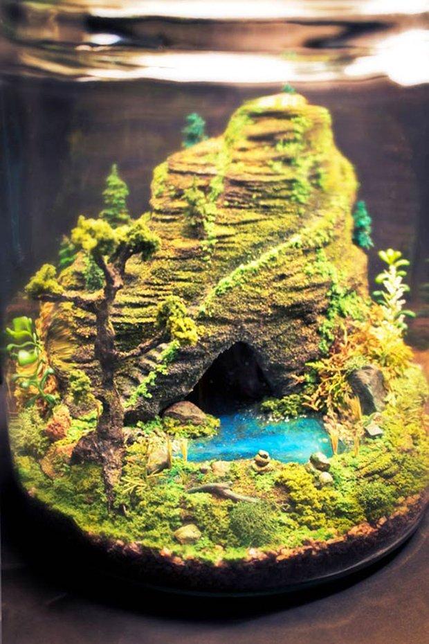 Esculturas dentro de um aquário (14)