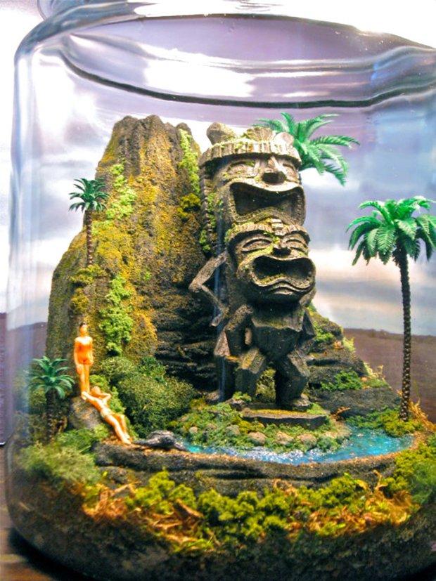 Esculturas dentro de um aquário (2)