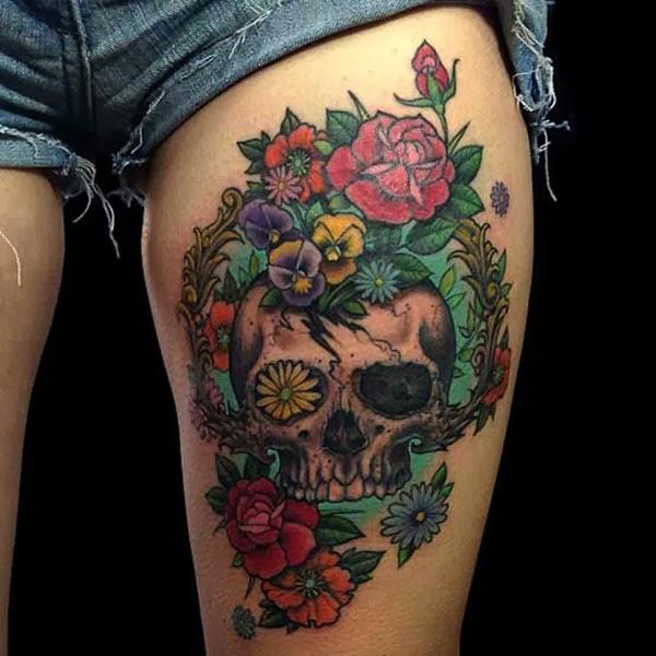 Quer tatuar a coxa e não sabe o que fazer (42)