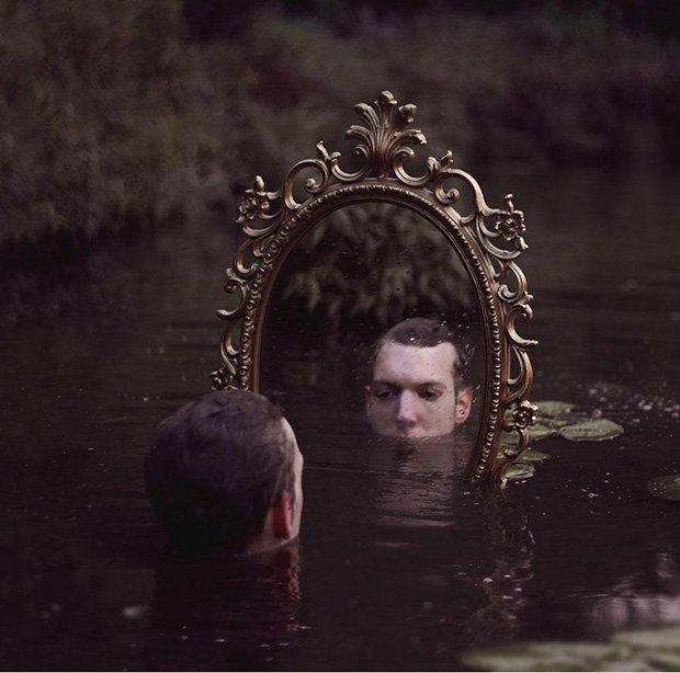 Auto-retratos bizarros e surreais (28)