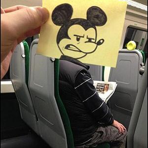 Como passar o tempo no transporte público