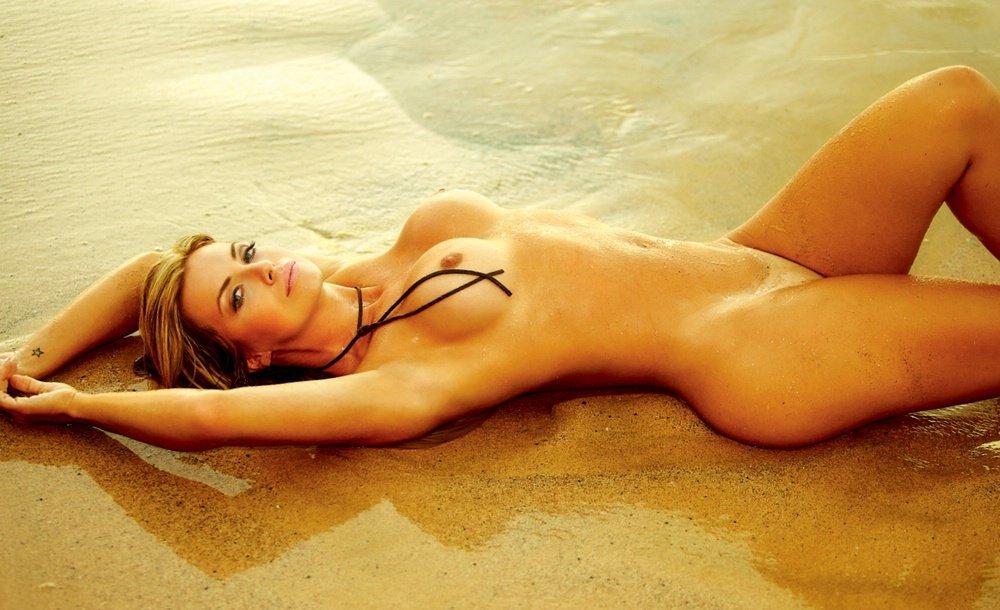 Fotos Playboy As belas da praia Janeiro (4)
