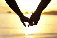 A ciência por trás dos relacionamentos felizes