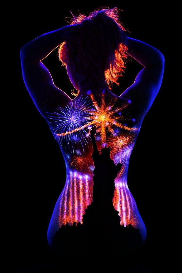 Mulheres e tintas fluorescentes (15)