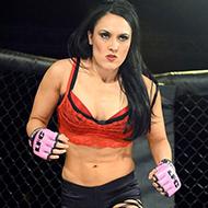 Mulheres competem só de lingerie em versão sexy do UFC
