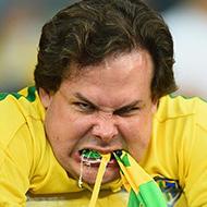 Brasileiros tristes pela eliminação na Copa do Mundo