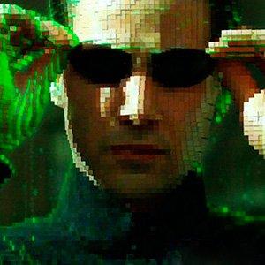 Matrix com efeitos sonoros em 8 bits