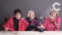Vovós fumando maconha pela primeira vez