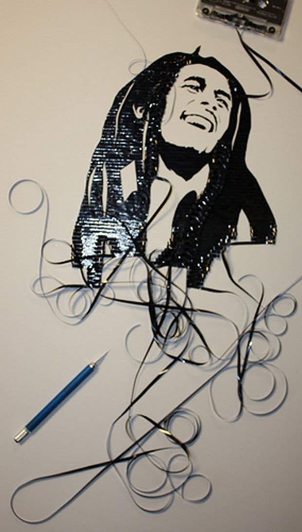 Fazendo arte com fitas K7 (12)