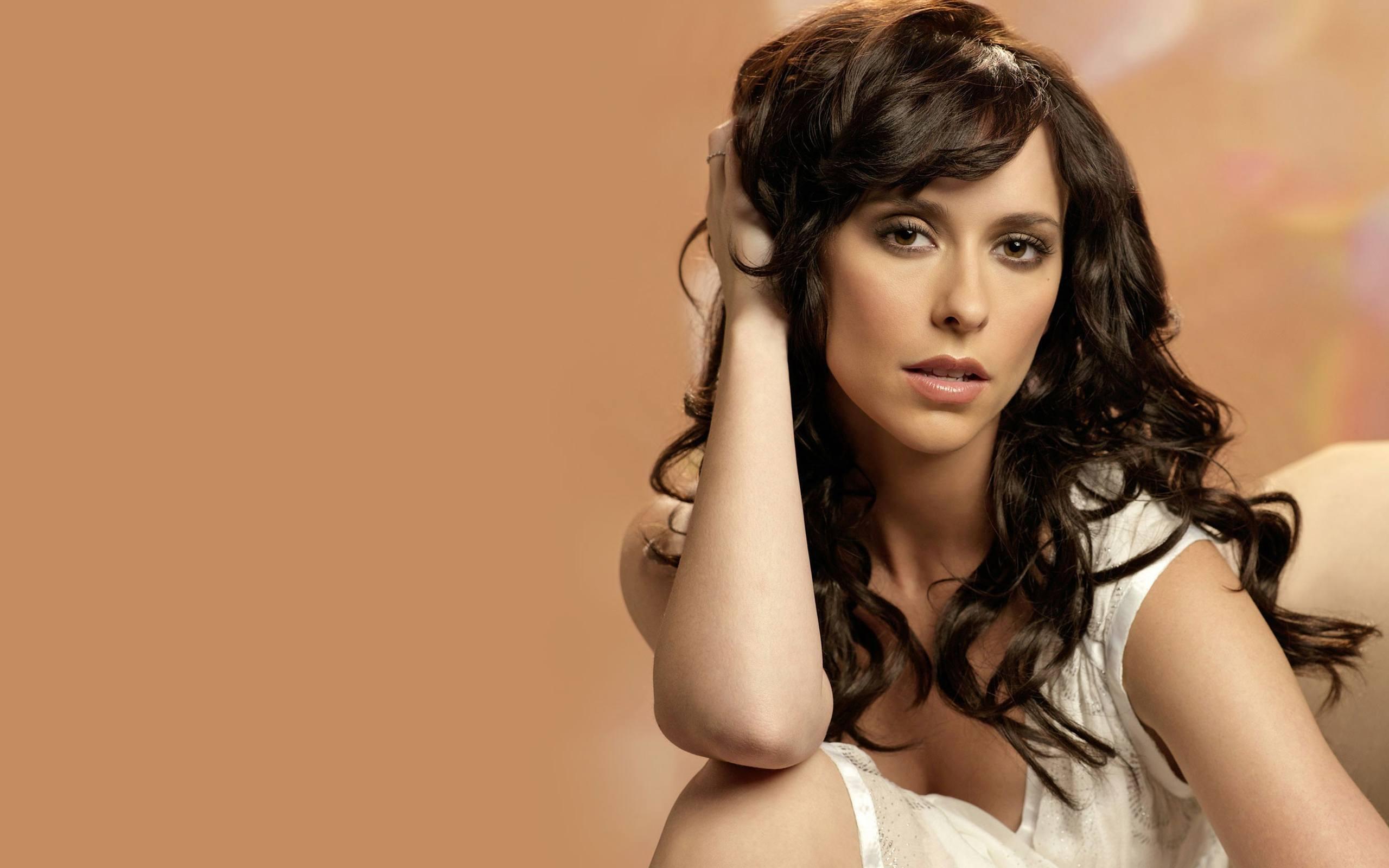 O melhor de Jennifer Love Hewitt em gifs!