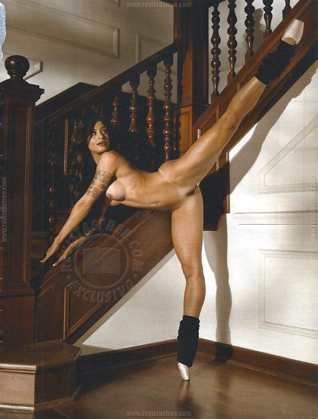 Fotos Playboy Aline Riscado Junho (13)