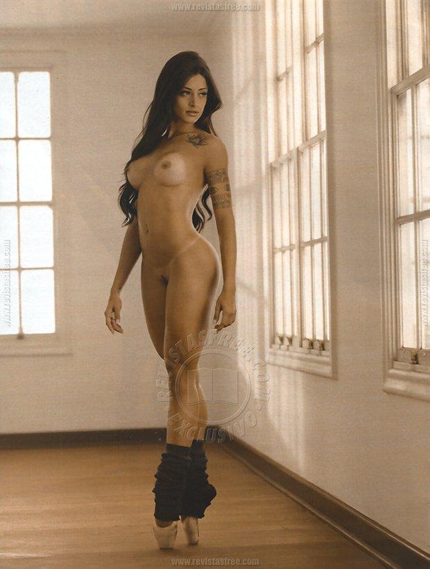 Fotos Playboy Aline Riscado Junho (14)