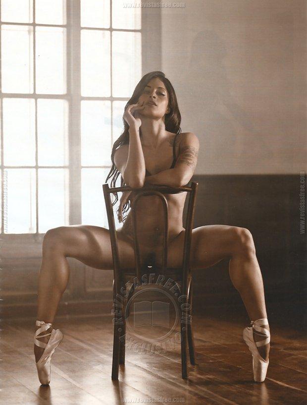 Playboy Aline Riscado Junho (25)