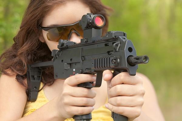 Muitas Armas, Balas e um Ultra Slow Motion