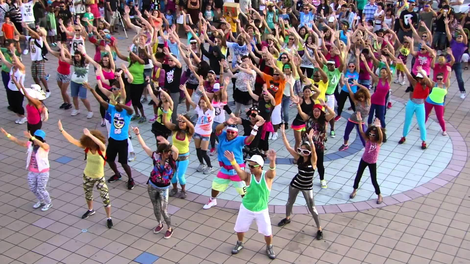 Lugares inapropriados para fazer flash mob