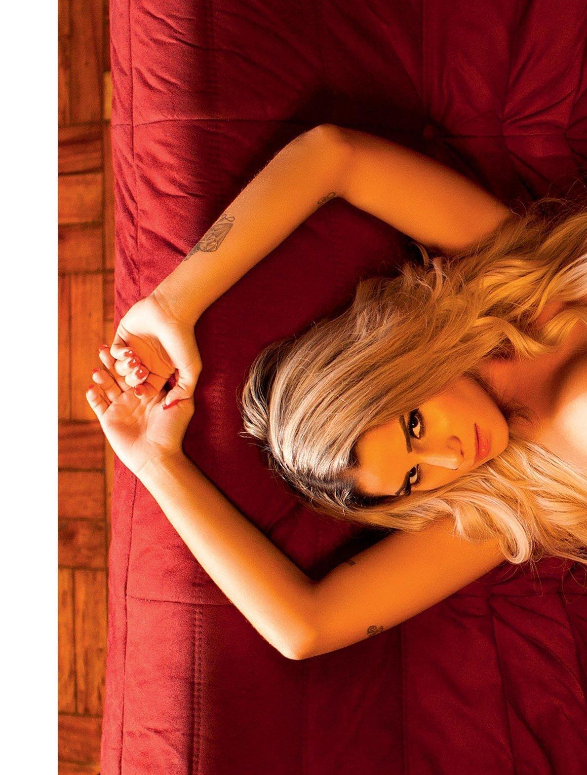 Fotos Playboy Panicat Iara Ramos Outubro (15)