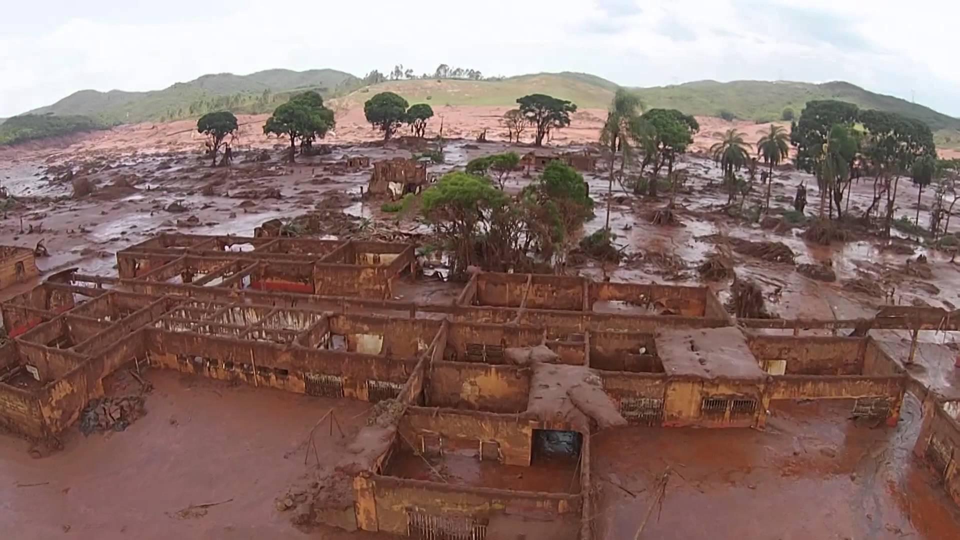 Dessa vez o Brasil se afundou na lama, e é literalmente falando