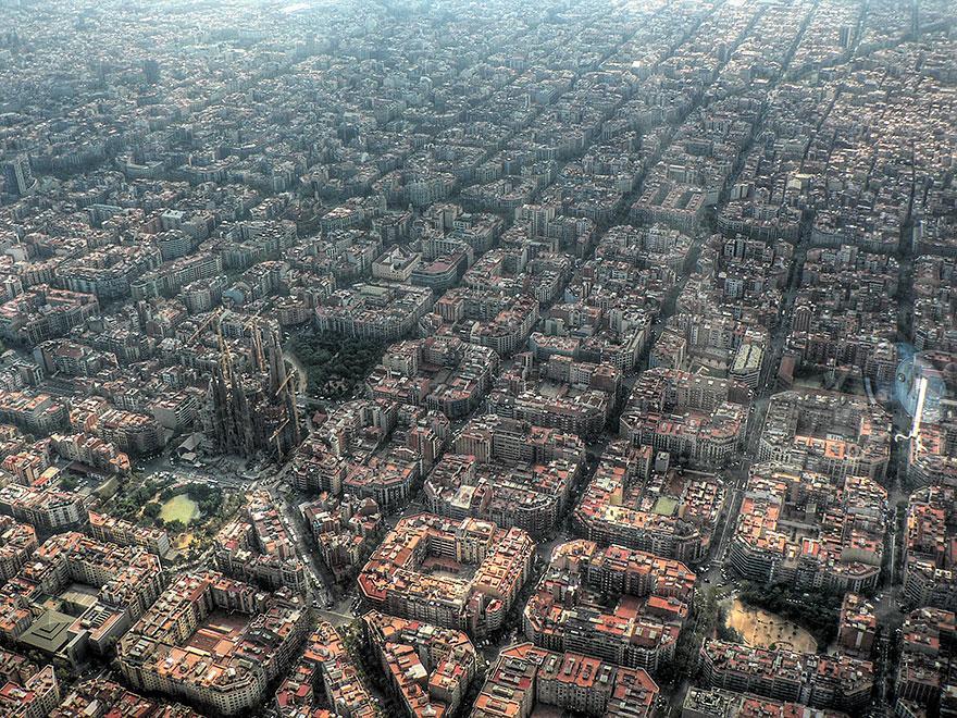 Lugares famosos e seus verdadeiros arredores (10)