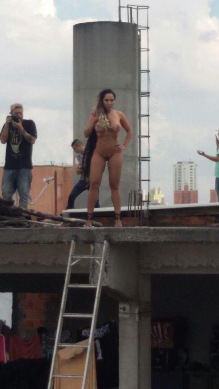 Fotos Mulher Melao na favela Heliopolis - Caiu no WhatsApp Bastidores da Sexy (15)