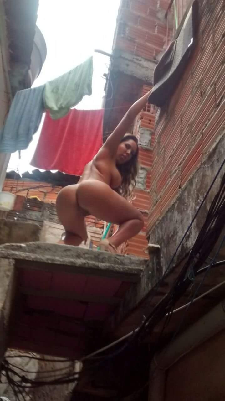 Fotos Mulher Melao na favela Heliopolis - Caiu no WhatsApp Bastidores da Sexy (4)