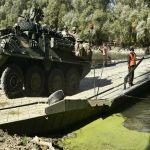 Como o exercito Russo constroi uma ponte