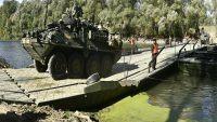Como o exercito Russo constrói uma ponte