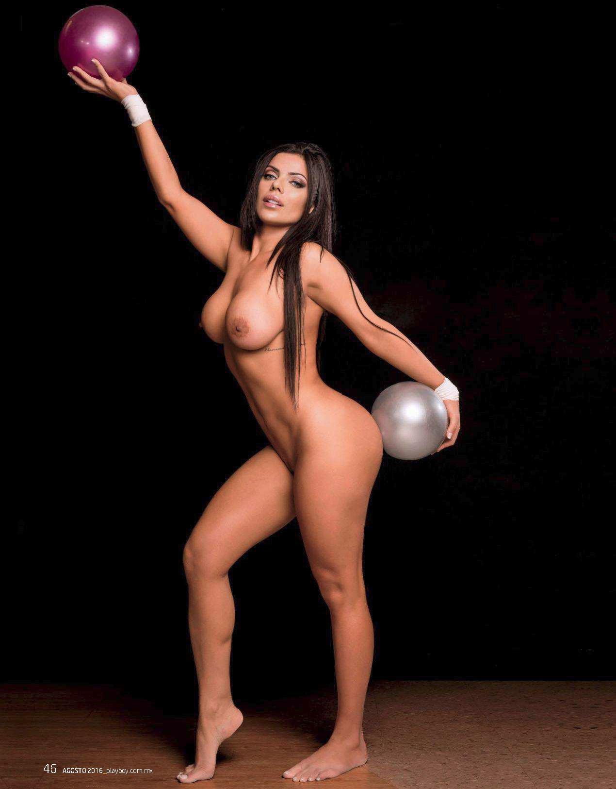 Fotos Playboy Suzy Cortez Agosto (12)