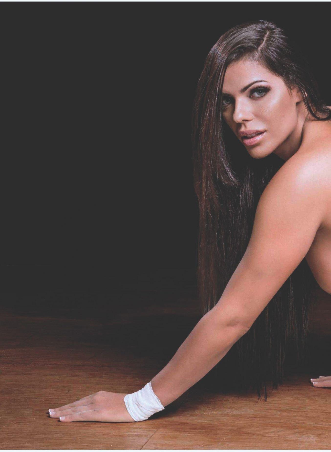 Fotos Playboy Suzy Cortez Agosto (19)