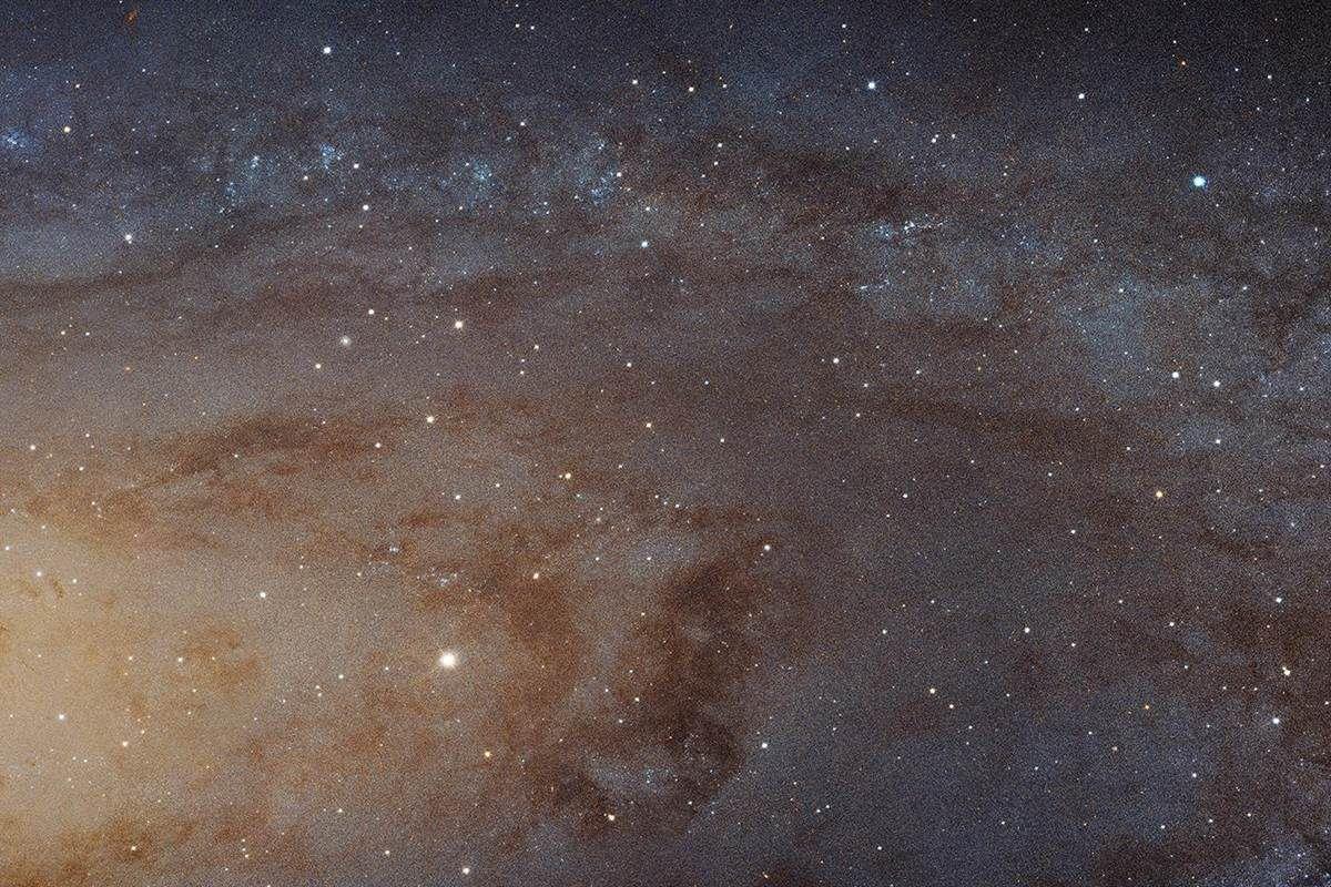 NASA publica a maior foto do mundo mostrando a Galaxia de Andromeda