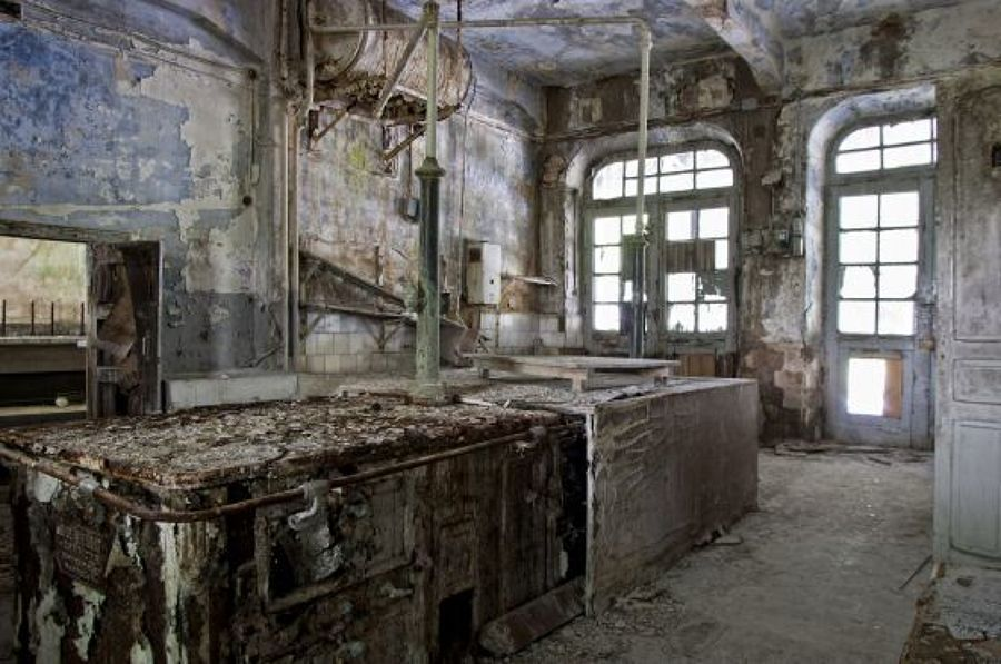 as-13-casas-abandonadas-mais-assustadoras-do-mundo-10