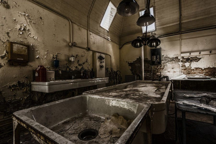 as-13-casas-abandonadas-mais-assustadoras-do-mundo-18