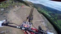 Como é descer de mountain bike uma das trilhas mais difíceis do mundo