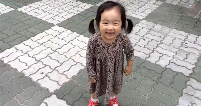 Impossível ficar brava usando sapatos assim