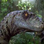 Camera amadora detecta a presenca de dinossauros na floresta
