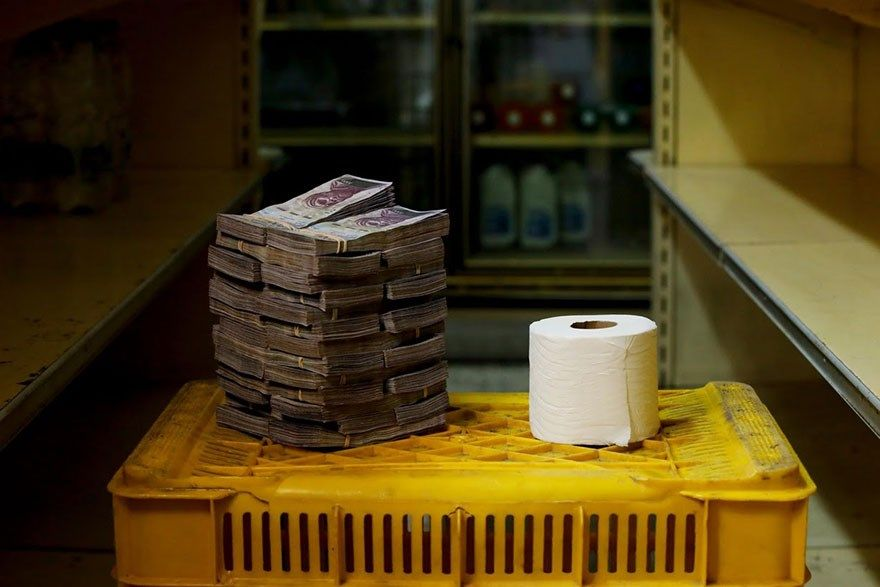 A quantia de dinheiro que voce precisa para comprar itens basicos na Venezuela 10