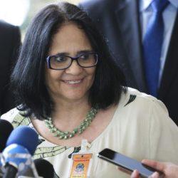 O estado é laico, mas Damares Alves, a futura ministra da Mulher, Família e Direitos Humanos, não!